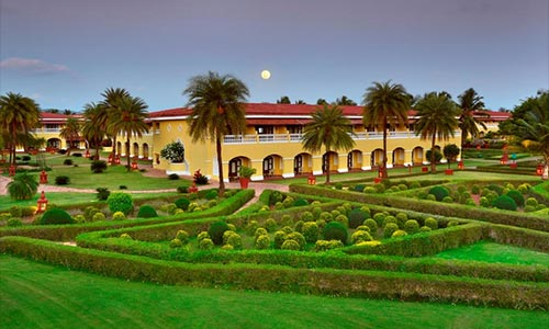 wedding in the lalit golf spa